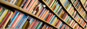 decide between traditional and self publishing